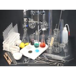 Zestaw szkła laboratoryjnego ze sprzetem uzupełniającym - 40 pozycji